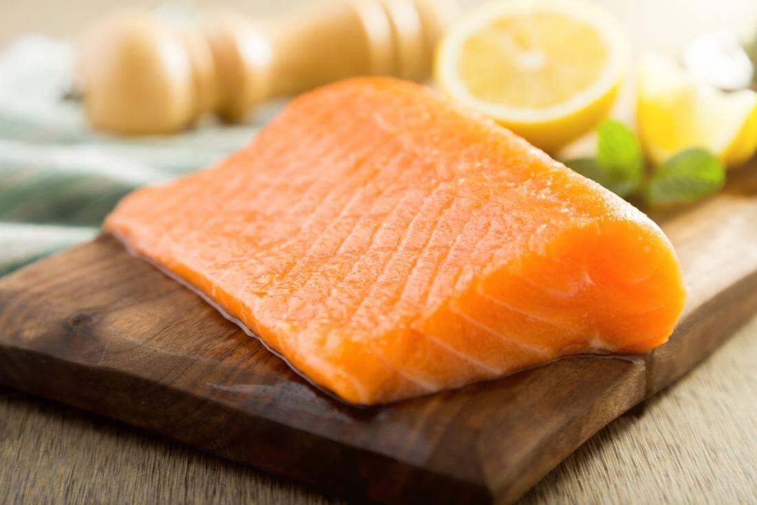 أفضل بروتين لحرق دهون البطن - الأسماك