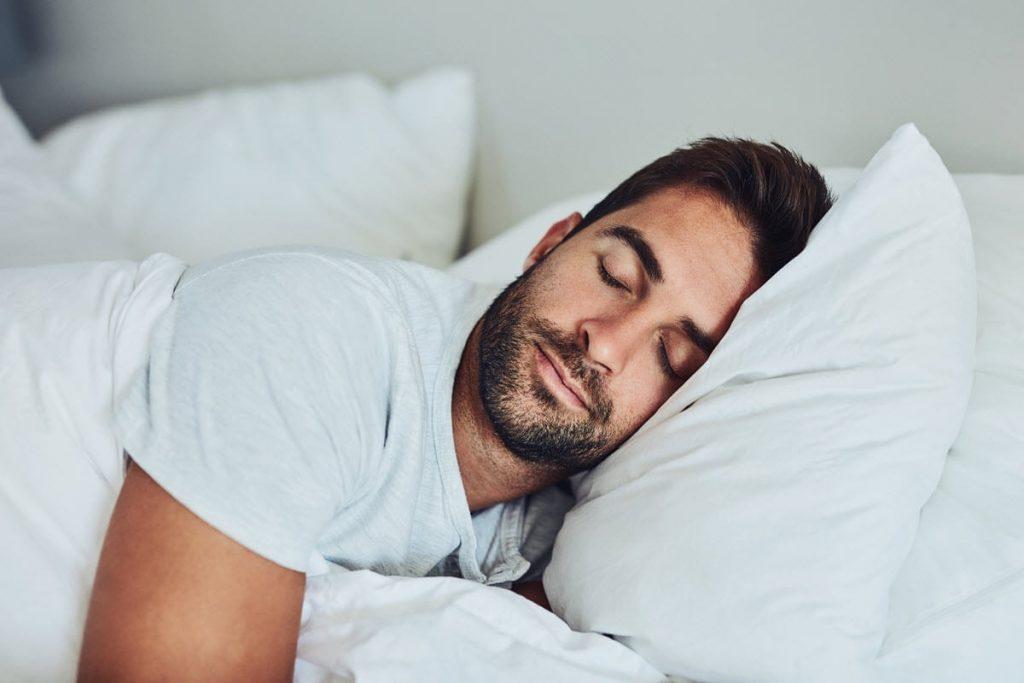 النوم الجيد مفيد في بناء العضلات