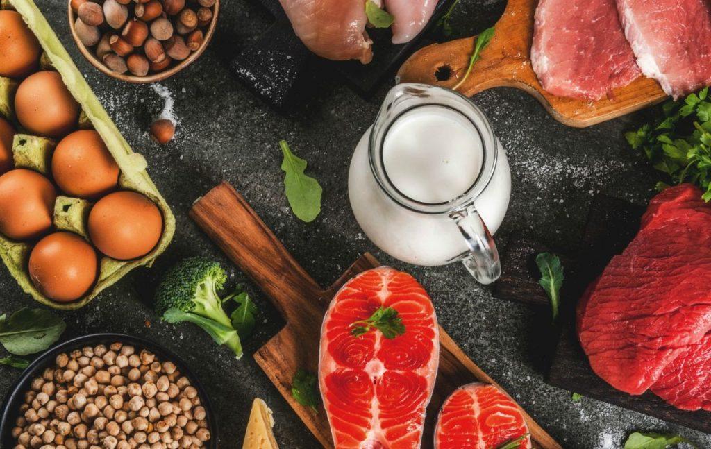 أهم مصادر البروتين في نظام الكيتو