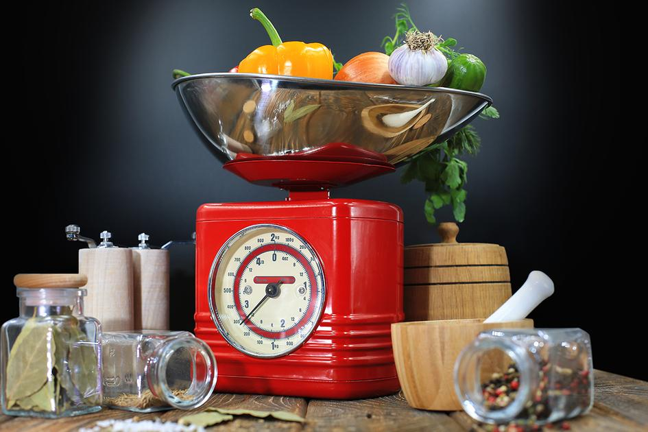وزن الأكل قبل أم بعد الطبخ