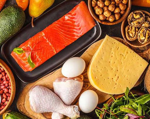 أطعمة غنية بالسعرات الحرارية والبروتين والطاقة