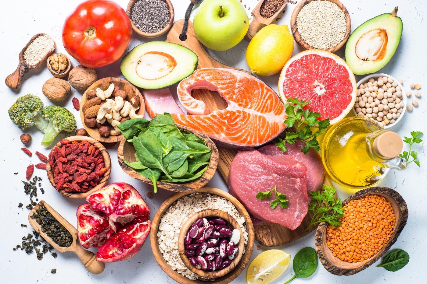أطعمة غنية بالسعرات الحرارية والبروتين